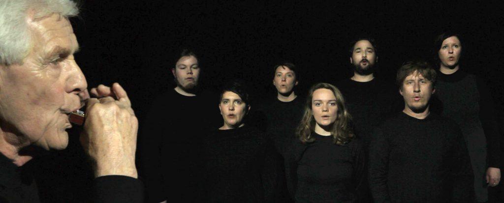 The Endeavour-Harmonica+Choir